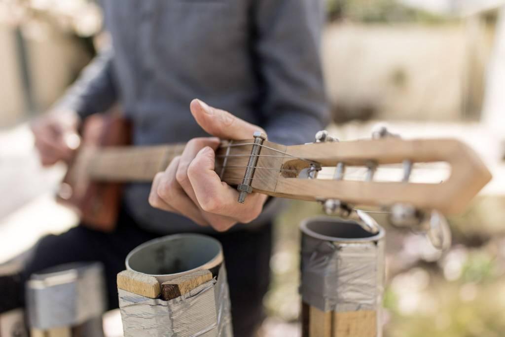 Lutherie Sauvage – Fabrique ton instrument de musique