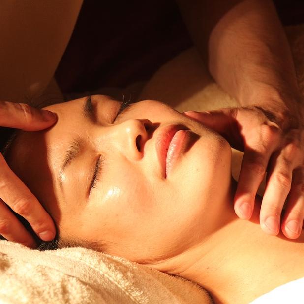 Massage Amma assis et réflexologie