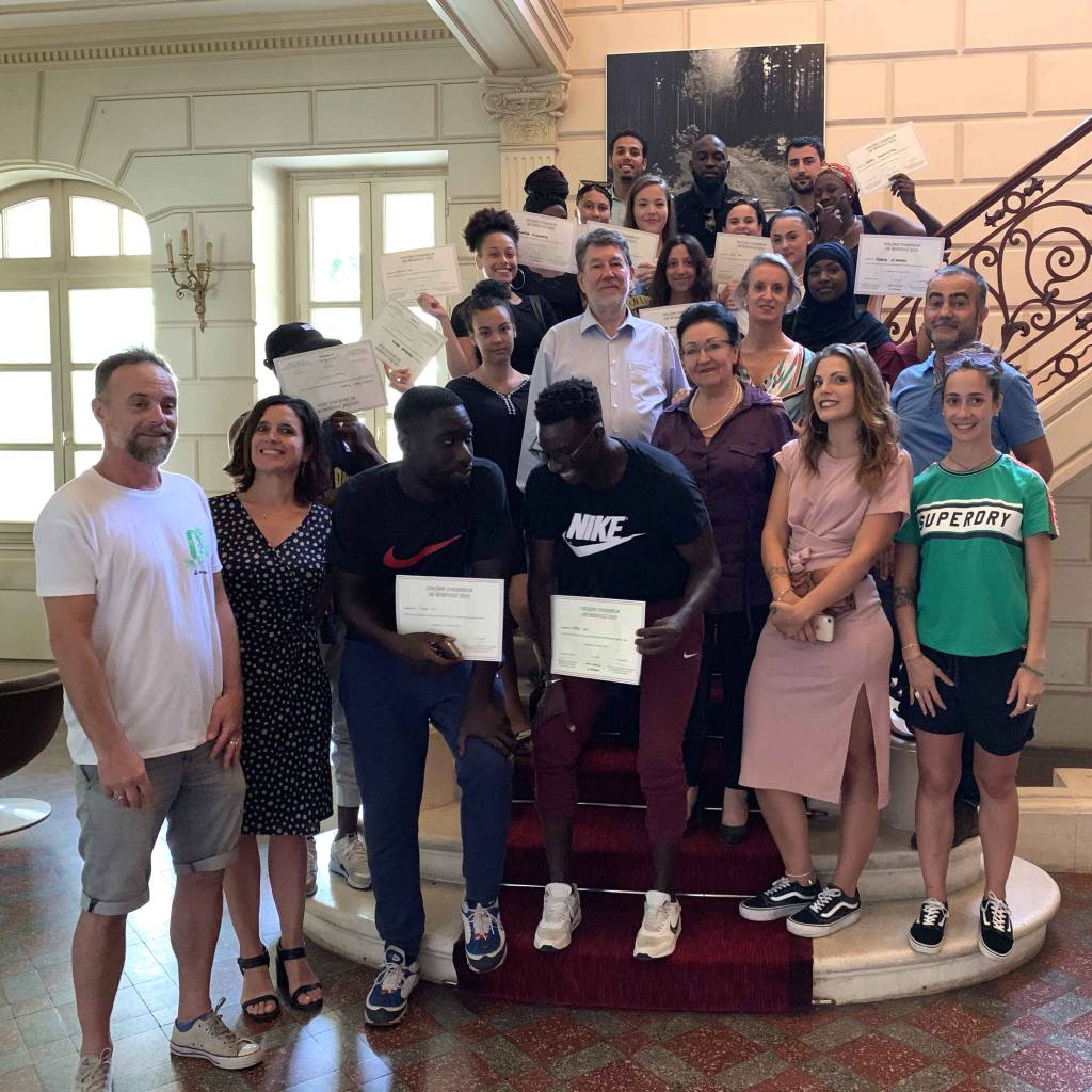 Les jeunes bénévoles de Quartier Libre félicités par la ville