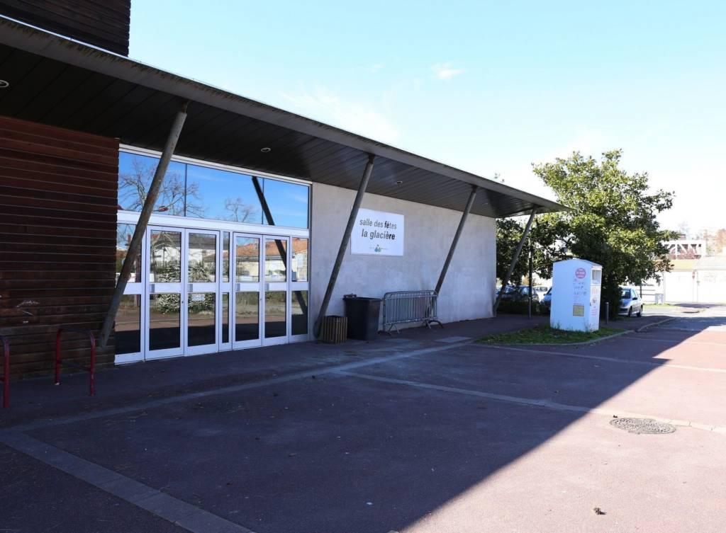 Salle Des Fetes De La Glaciere Quartier Libre
